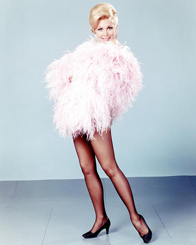 This is an image of Photograph & Poster of Mitzi Gaynor 292734