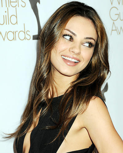 This is an image of Photograph & Poster of Mila Kunis 292131