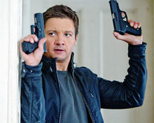 This is an image of Photograph & Poster of Jeremy Renner 292148