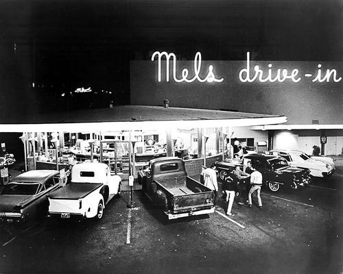 This is an image of Photograph & Poster of American Graffiti 199984