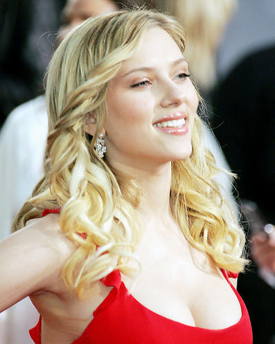 This is an image of Photograph & Poster of Scarlett Johansson 292718