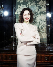This is an image of Photograph & Poster of Jennifer Jones 292596