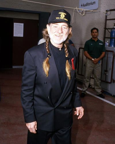 This is an image of Photograph & Poster of Willie Nelson 292812