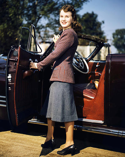 This is an image of Photograph & Poster of Deanna Durbin 293001
