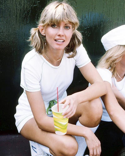 This is an image of Photograph & Poster of Olivia Newton-John 293250