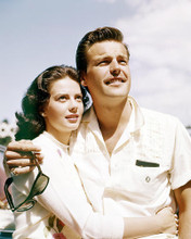 This is an image of Photograph & Poster of Natalie Wood and Robert Wagner 293323