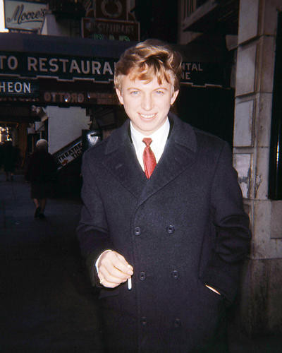 This is an image of Photograph & Poster of Tommy Steele 293688