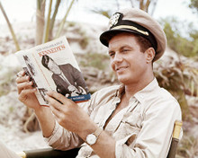 This is an image of Photograph & Poster of Cliff Robertson 293594