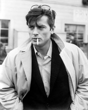 This is an image of Photograph & Poster of Alain Delon 179134