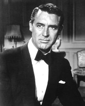 This is an image of Photograph & Poster of Cary Grant 190166