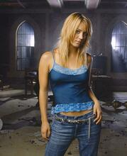 This is an image of Photograph & Poster of Kaley Cuoco 272155