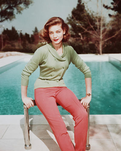 This is an image of Photograph & Poster of Lauren Bacall 231763