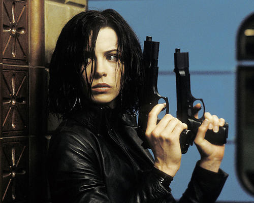 This is an image of Photograph & Poster of Kate Beckinsale 256350