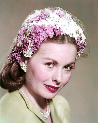This is an image of Photograph & Poster of Jeanne Crain 294895