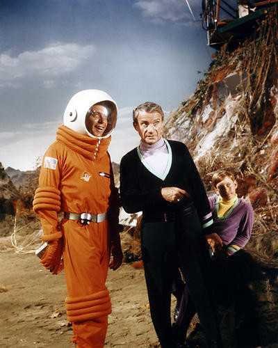 This is an image of Photograph & Poster of Lost in Space 294881