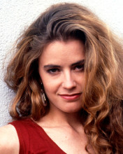This is an image of Photograph & Poster of Elisabeth Shue 296835