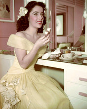 This is an image of Premium Photograph & Poster of Elizabeth Taylor 297251