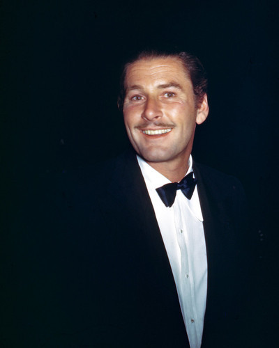 This is an image of Photograph & Poster of Errol Flynn 297474