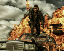 This is an image of Photograph & Poster of Tom Hardy 297975