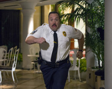 This is an image of Photograph & Poster of Kevin James 297998