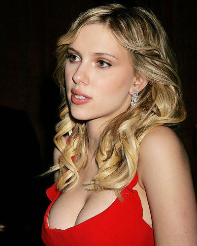 This is an image of Photograph & Poster of Scarlett Johansson 285758