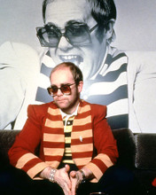 This is an image of Photograph & Poster of Elton John 285598