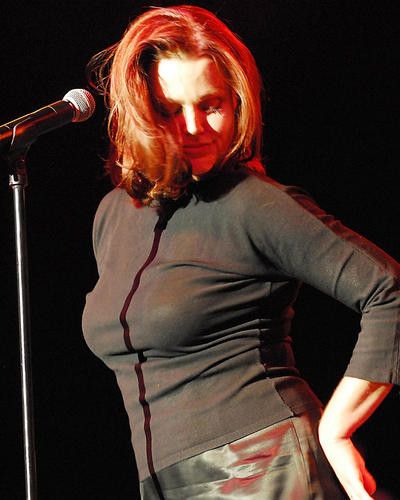 This is an image of Photograph & Poster of Belinda Carlisle 285975