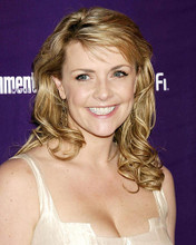This is an image of Photograph & Poster of Amanda Tapping 286004