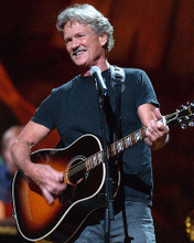 This is an image of Photograph & Poster of Kris Kristofferson 286106