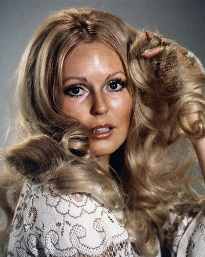 This is an image of Photograph & Poster of Veronica Carlson 286172