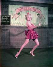 This is an image of Photograph & Poster of Betty Grable 286340