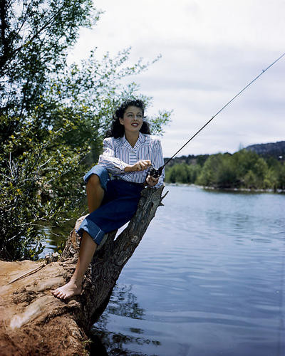 This is an image of Photograph & Poster of Gail Russell 286360