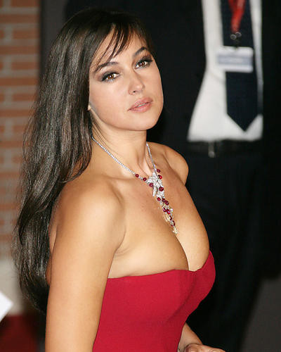 This is an image of Photograph & Poster of Monica Bellucci 286640