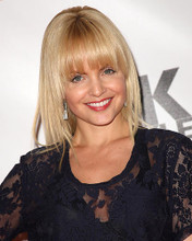 This is an image of Photograph & Poster of Mena Suvari 286683