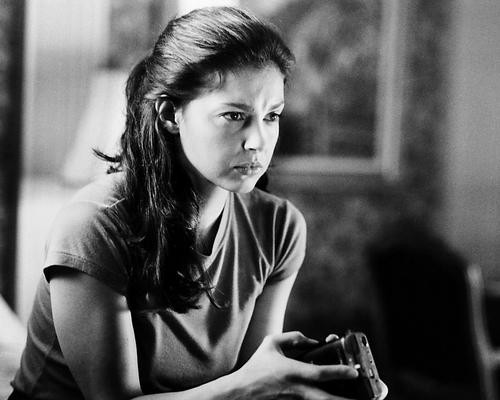 This is an image of Photograph & Poster of Ashley Judd 195921