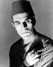 This is an image of Photograph & Poster of Boris Karloff 195930