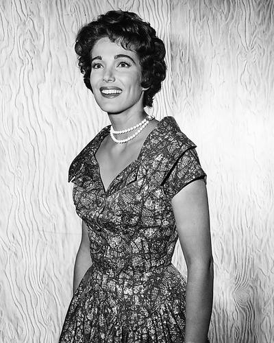 This is an image of Photograph & Poster of Julie Adams 196481