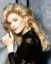 This is an image of Photograph & Poster of Kristy Swanson 286543