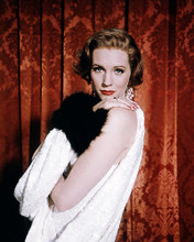 This is an image of Photograph & Poster of Julie Andrews 286497