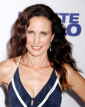 This is an image of Photograph & Poster of Andie Macdowell 286730