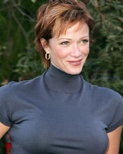 This is an image of Photograph & Poster of Lauren Holly 286731