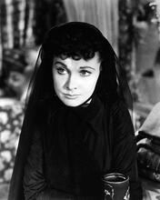 This is an image of Photograph & Poster of Vivien Leigh 196100