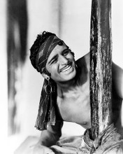 This is an image of Photograph & Poster of Douglas Fairbanks 196327