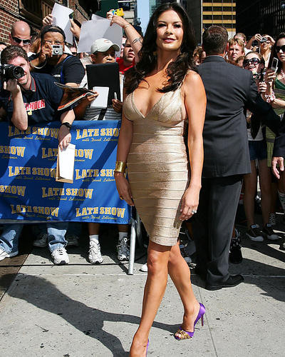 This is an image of Photograph & Poster of Catherine Zeta-Jones 287219