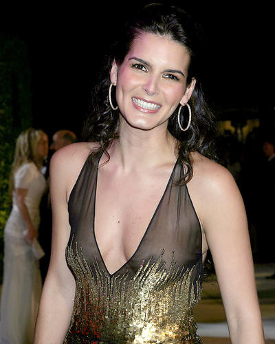 This is an image of Photograph & Poster of Angie Harmon 287412