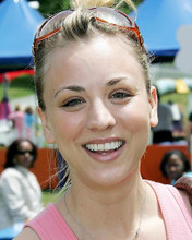 This is an image of Photograph & Poster of Kaley Cuoco 287075