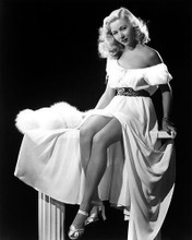 This is an image of Photograph & Poster of Gloria Grahame 196604