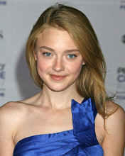 This is an image of Photograph & Poster of Dakota Fanning 287276