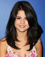 This is an image of Photograph & Poster of Selena Gomez 287540