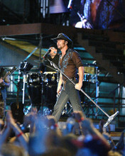 This is an image of Photograph & Poster of Tim McGraw 287920